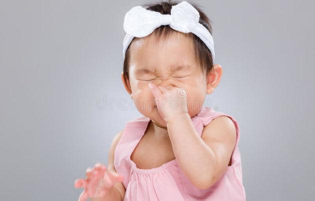 Чихание ребёнка