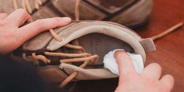 Правила обработки обуви от грибка