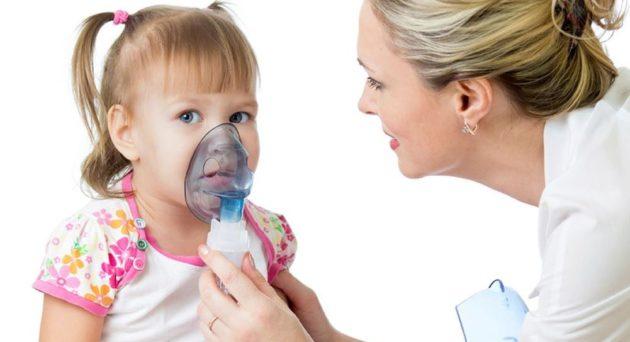 Ингаляций у ребенка с врачом
