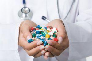 При незначительном увеличении аденоидов устранить симптомы можно при помощи медикаментов