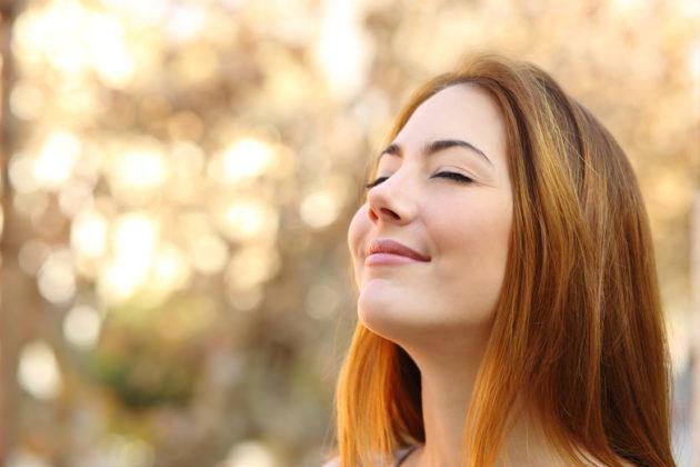 На первой стадии писка в ушах, человек чувствует себя нормально