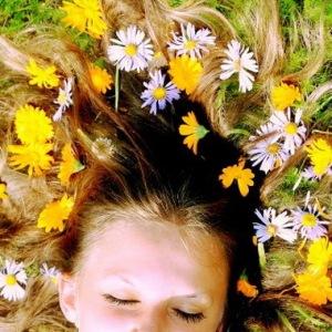 Причины, виды и методы лечения дерматита на голове