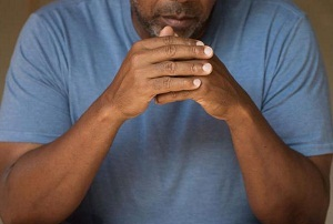 рак яичка у мужчин симптомы фото