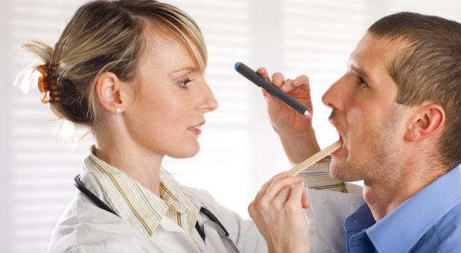 При проявлении симптомов следует проконсультироваться у специалиста
