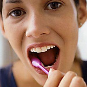 Симптомы и способы лечения грибка на языке