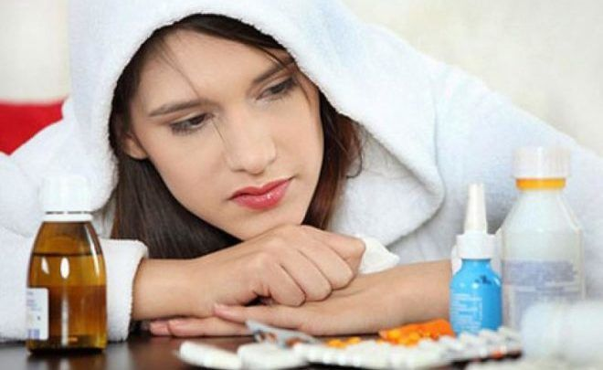 Прием таблеток при простуде