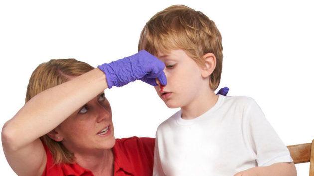 Как остановить маточное кровотечение в домашних условиях