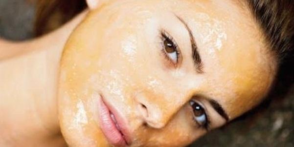 Секреты приготовления и польза маски из меда от морщин