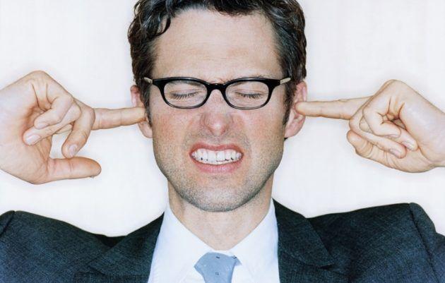 На 3 стадии писк в ушах начинает доставлять дискомфорт