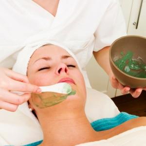 Алоэ от морщин: воздействие на кожу, правила использования, рецепты масок