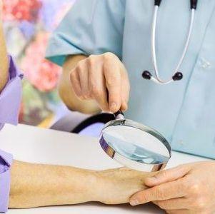 Эффективные рецепты и правила применения марганцовки против грибка