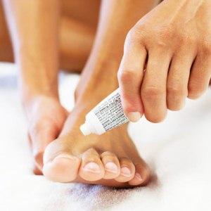 Причины, симптоматика и лечение грибка между пальцами ног