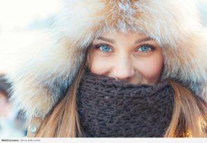 В холодную погоду одевайте головной убор для защиты Ваших ушей
