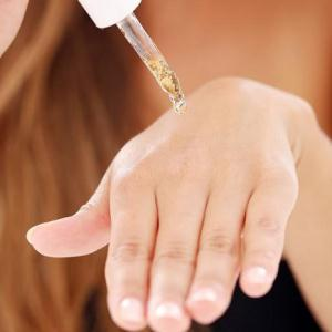 Причины и методы лечения покраснения между пальцами рук