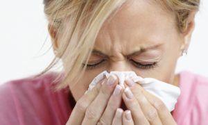 Один из важных симптомов фарингита является насморк