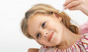 Закапать ухо перекисью водорода ребёнку