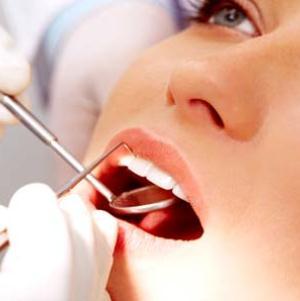 Чем опасны бородавки во рту и как от них избавиться