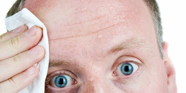 Причины и способы лечения потливости головы у мужчин и женщин