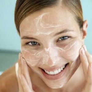 Какие кремы можно использовать для отбеливания кожи