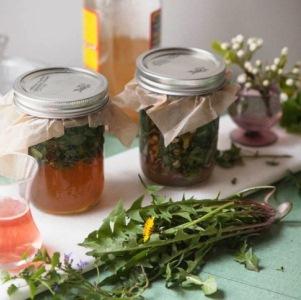 Особенности применения и рецепты ванночек с уксусом от грибка на ногах