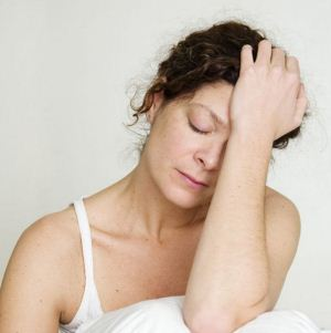 Лечение повышенной потливости и приливов при климаксе