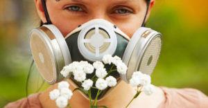 При лечении аллергического фарингита стоит полностью прекратить контакта с раздражающим аллергеном