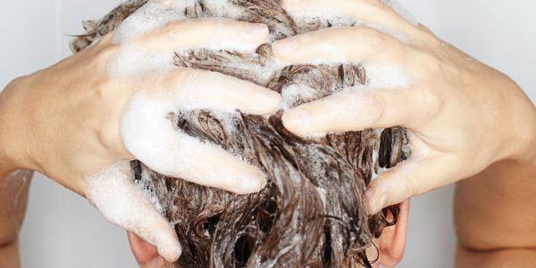 Шампунь при себорейном дерматите кожи головы у взрослых, ребёнка. Циновит, Скин-кап, Лостерин, Себозол. Отзывы