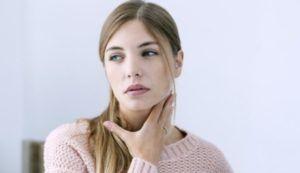 Боль в горле является одним из симптомов ЛОРзаболеваний