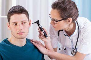 Если у вас появилось инфекционное заболевание в ушах непременно обратитесь к специалистам