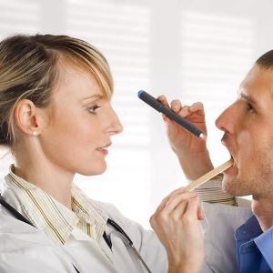 Ожоги йодом: причины, симптомы, лечение