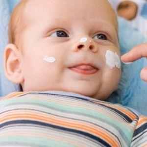 Почему у ребенка возникают водянистые пузырьки на коже