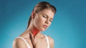 Боль в горле один из основных симптомов фарингита