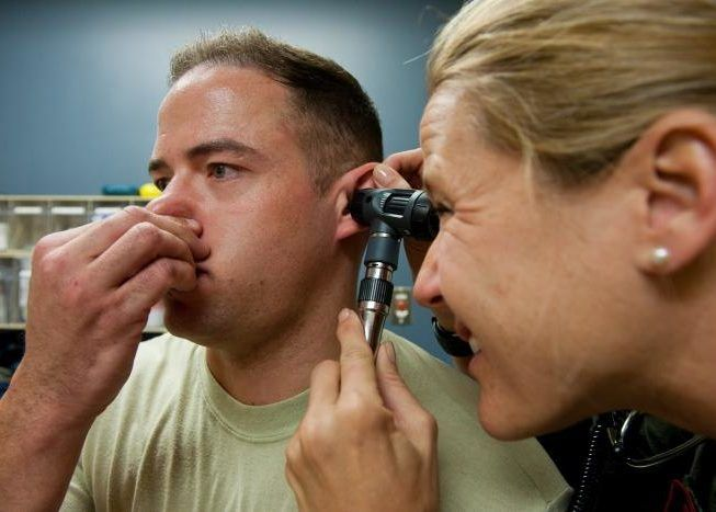 Метод Вальсальвы не рекомендуется совершать при простудном заболевании