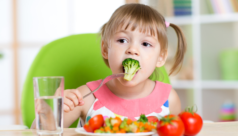 Чем можно кормить ребенка после отравления