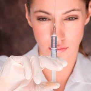 Особенности уколов ботокса от морщин на лбу