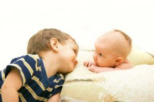 Детям младше 2 лет запрещено закапывать в нос масло облепихи