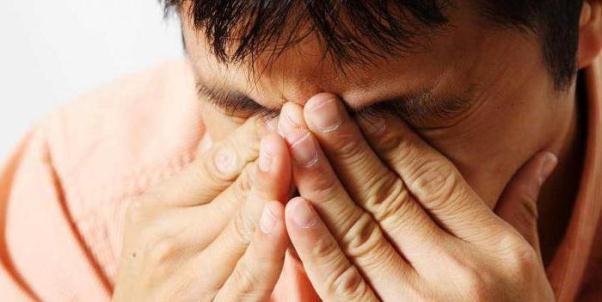 Что нужно знать о химическом ожоге глаза
