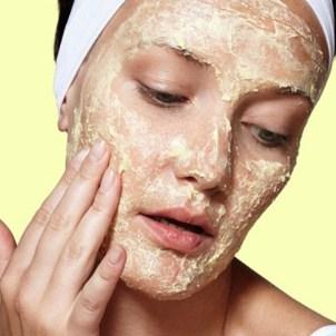 Миндальное масло: применение от морщин