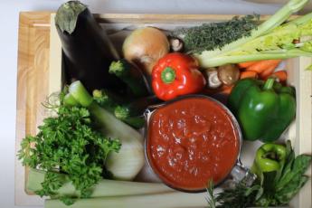 Веганы и вегетарианцы едят растительную пищу